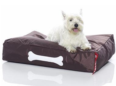 no l 2006 9 cadeaux pour chiens et chats doggielounge pouf pour chien fatboy. Black Bedroom Furniture Sets. Home Design Ideas