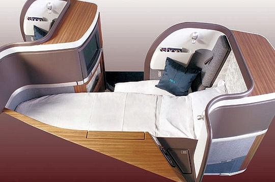 comme dans un cocon les cabines de luxe des avions sur l. Black Bedroom Furniture Sets. Home Design Ideas