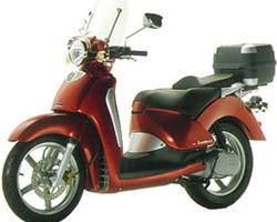 scooters 125 cm3 quel 125 choisir les scooters grandes roues 125 cm3. Black Bedroom Furniture Sets. Home Design Ideas