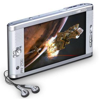 http://www.linternaute.com/hightech/cadeaux/noel/baladeurs-multimedia/images/archos-av700-g.jpg