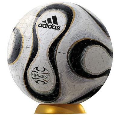 le ballon puzzle coupe du monde de foot. Black Bedroom Furniture Sets. Home Design Ideas