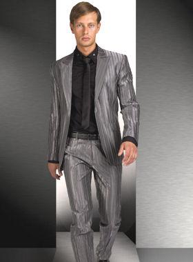 comment s 39 habiller pour les f tes de fin d 39 ann e costume mode mike sweetman. Black Bedroom Furniture Sets. Home Design Ideas