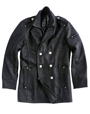 manteaux cabans et trenchs pour bien commencer l 39 hiver. Black Bedroom Furniture Sets. Home Design Ideas