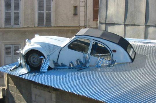 Photo insolite sortie de garage for Garage auto provins