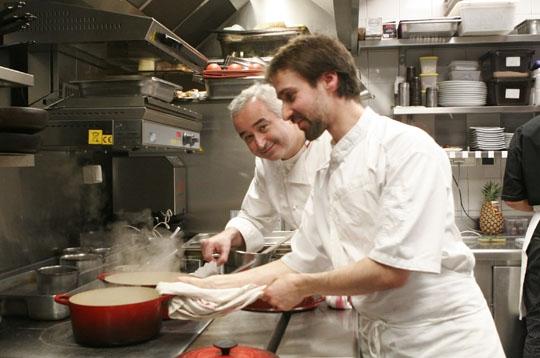 Sc ne de cuisine le pergol se paris sur l 39 internaute for L internaute cuisiner