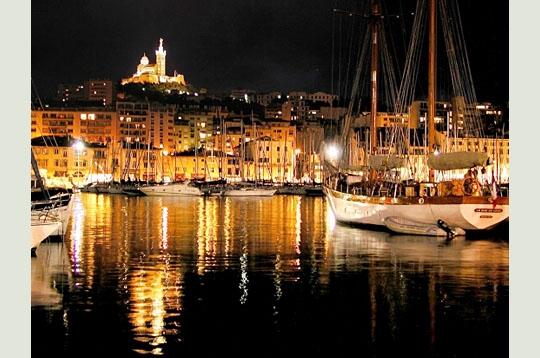 Reflets d 39 or vos plus charmantes photo de port de nuit sur l 39 internaute mer et voile - College vieux port marseille ...