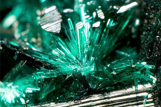 cristaux de malachite   15 photos de min u00e9raux de philippe lebeaux