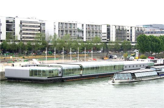 Piscine Sur Seine Port De La Gare Quai Francois Mauriac 75013 Paris