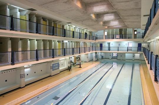 Paris la piscine des amiraux xviiie les amiraux xviiie for Piscine des amiraux