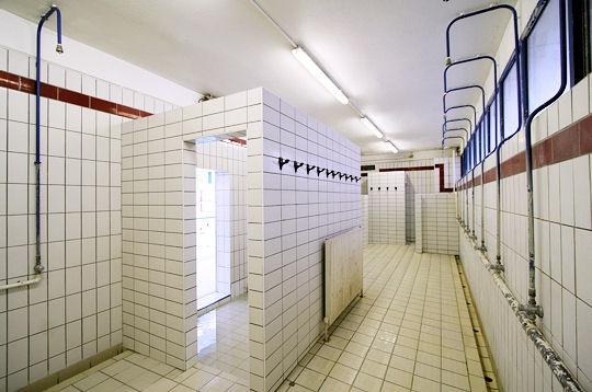 Paris la piscine pontoise ve une piscine historique - Horaires piscine pontoise ...