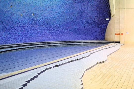 Paris la piscine suzanne berlioux ier petit bassin for Petit bassin piscine