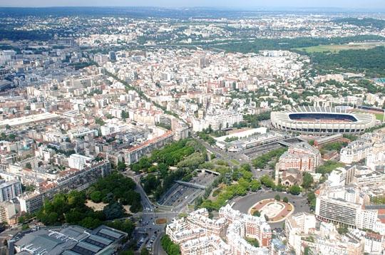Le parc des princes survolez la capitale en h licopt re for La poste porte de saint cloud