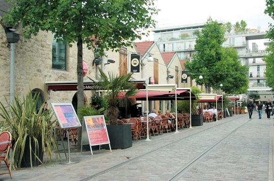 A deux pas du cour saint emilion parc de bercy c ur d 39 un quartier r invent sur l 39 internaute - Cours saint emilion paris ...