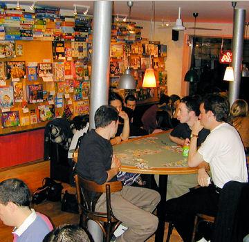 cafes jeux de societe paris