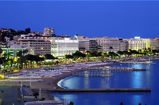 Boulevard de la Croisette - Mairie de Cannes