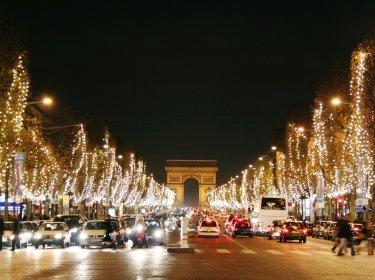 Avenue des champs elys es illuminations et animations de - Illumination noel paris 2017 ...