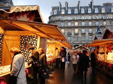Christmas market at Gare St Lazare Paris