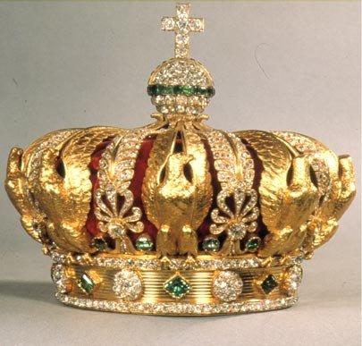 Photos de la couronne du roi latin