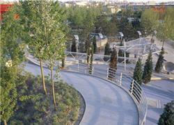 http://www.linternaute.com/sortir/sorties/nature/jardins-villette/promenade.jpg