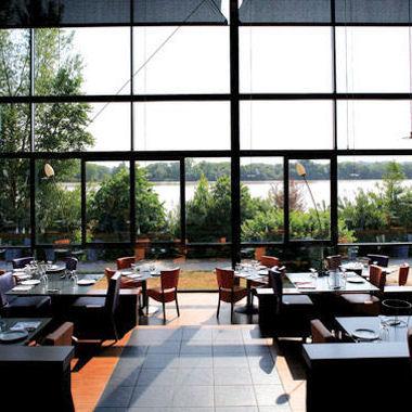 restaurants brasseries et bistrots bordelais merci. Black Bedroom Furniture Sets. Home Design Ideas