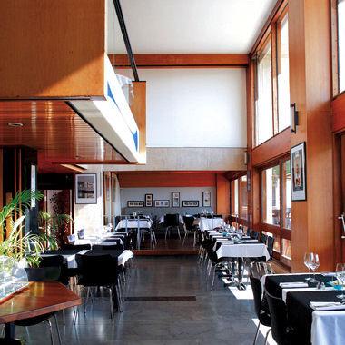 restaurants brasseries et bistrots de provence le. Black Bedroom Furniture Sets. Home Design Ideas