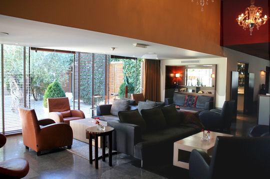 le jardin des sens montpellier le salon. Black Bedroom Furniture Sets. Home Design Ideas