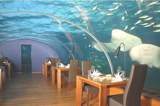 FranTour - Ithaa, restaurant sous-marin.