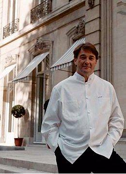 Le chef cuisinier jean pierre vigato yacht de paris des for Cuisinier toulouse