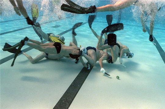 les sports de piscine originaux