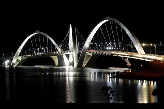le pont juscelino kubitschek brasilia sur l internaute voyager