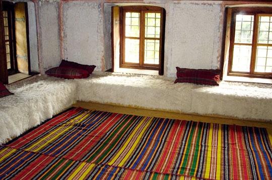 Deco interieur maison peinture decorations interieur for Job decoration interieur