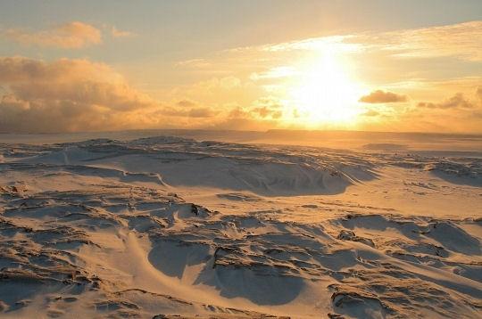 Coucher de soleil sur les glaces grand nord les terres glac es du nunavik sur l 39 internaute - Coucher du soleil montpellier ...