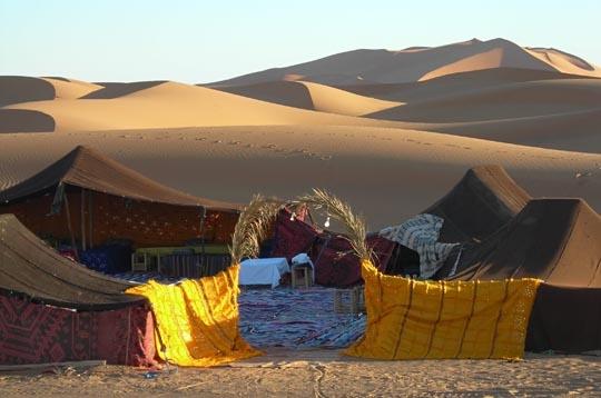 Voyager habitats du monde tente marocaine for Habitat du monde