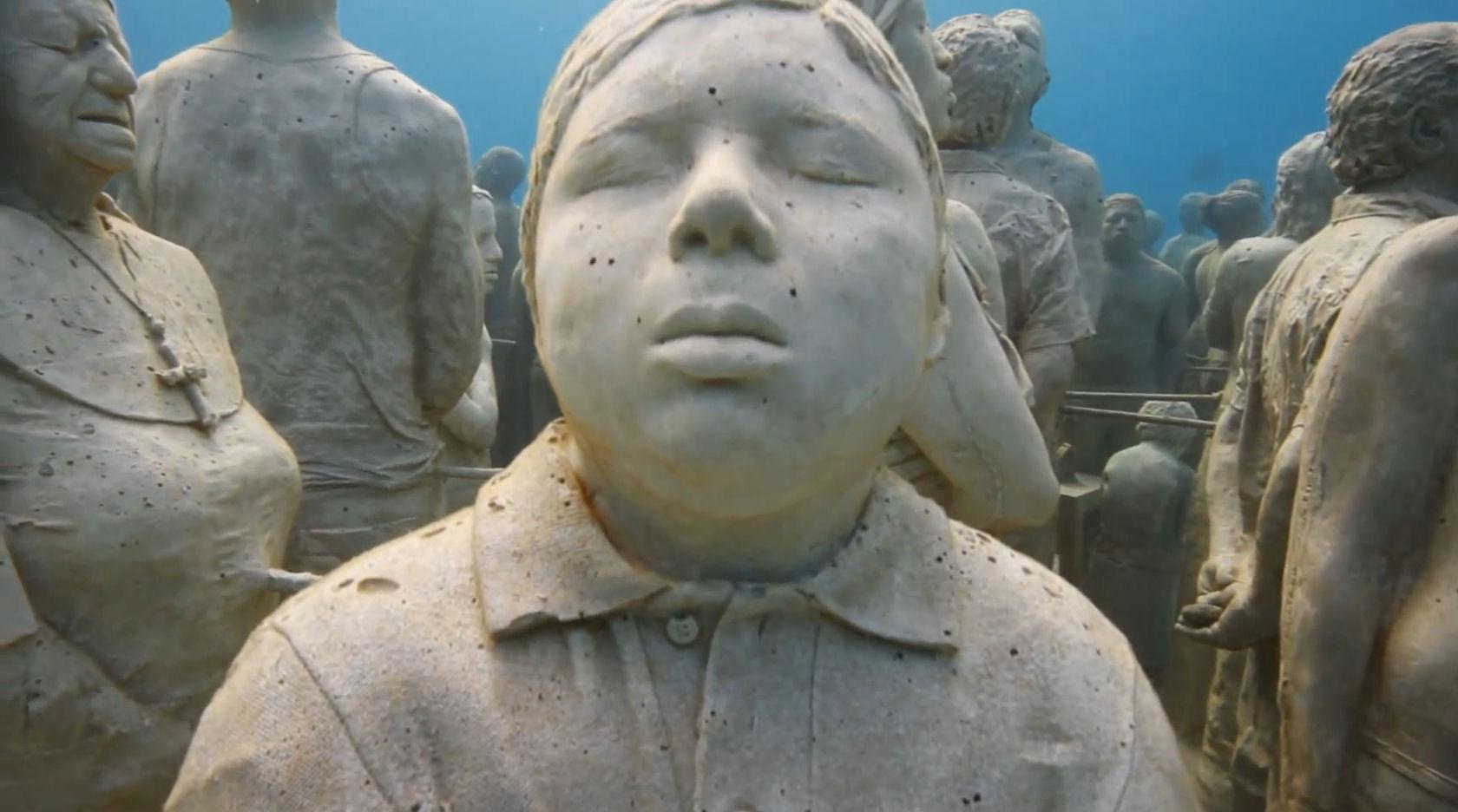 Cancun le plus grand mus e sous marin du monde for Les plus grands musees du monde